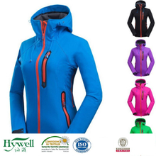 3 Layers Waterproof and Breatable Jacket Softshell Fabric